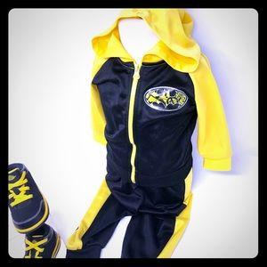 2/$20 Batman Track Suit (Only) Size 18 mo EUC